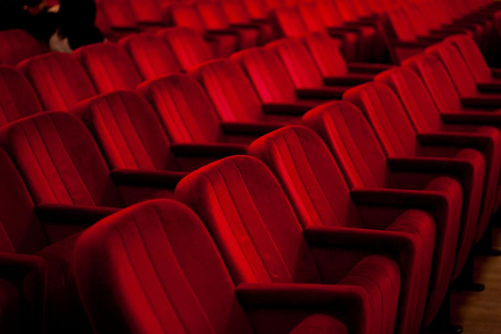 Ordine dei dottori commercialisti e degli esperti for Poltrone teatro